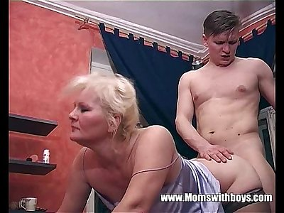 Catching His Stepmom Masturbating And They Fuck