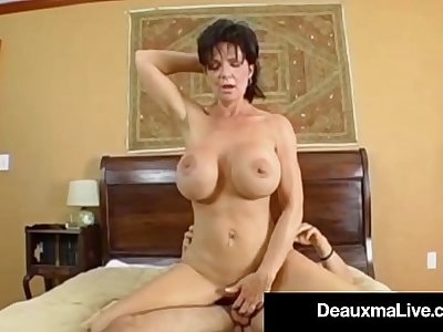 Texas Cougar Deauxma Gets Nice Hard Juicy Wet Ass Pounding!