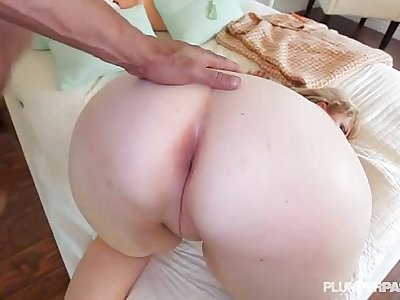 Sexy Smoking MILF Lila Lovely